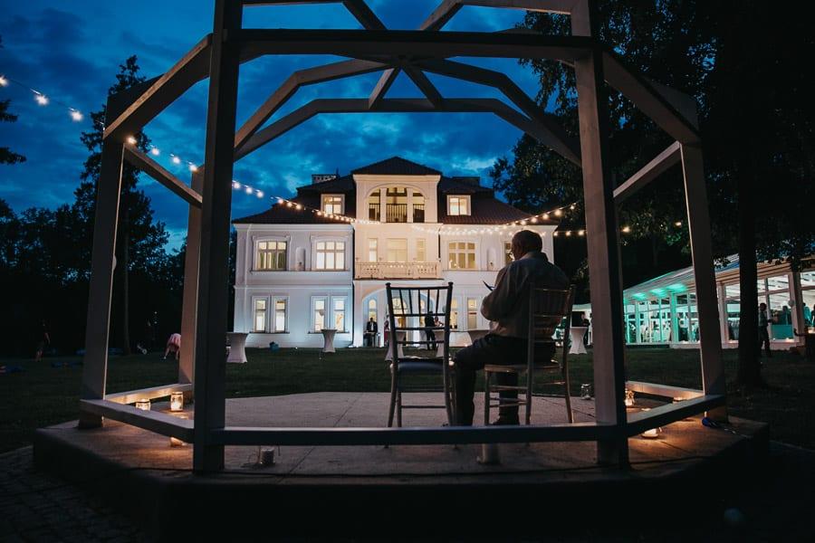 pałac czosnowskich opypy, wesele w pałacu czosnowskich, ślub w stylu śniadanie u Tiffaniego