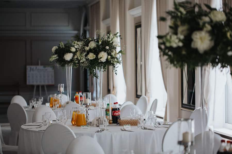wesele w hotelu mansor, sala glamour, sala weselna ząbki, dekoracje