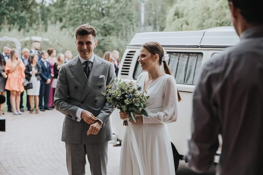 wesele wierzbowe ranczo, oranżeria, rustykalny ślub, slow wedding w stodole