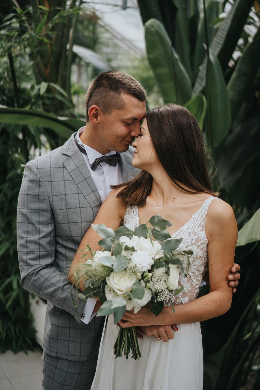 Sesja poślubna w oranżerii 7