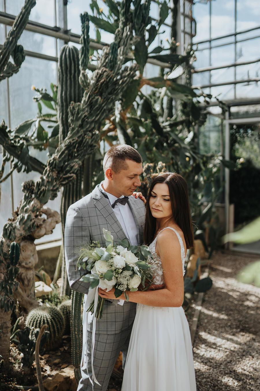 Sesja poślubna w oranżerii 14