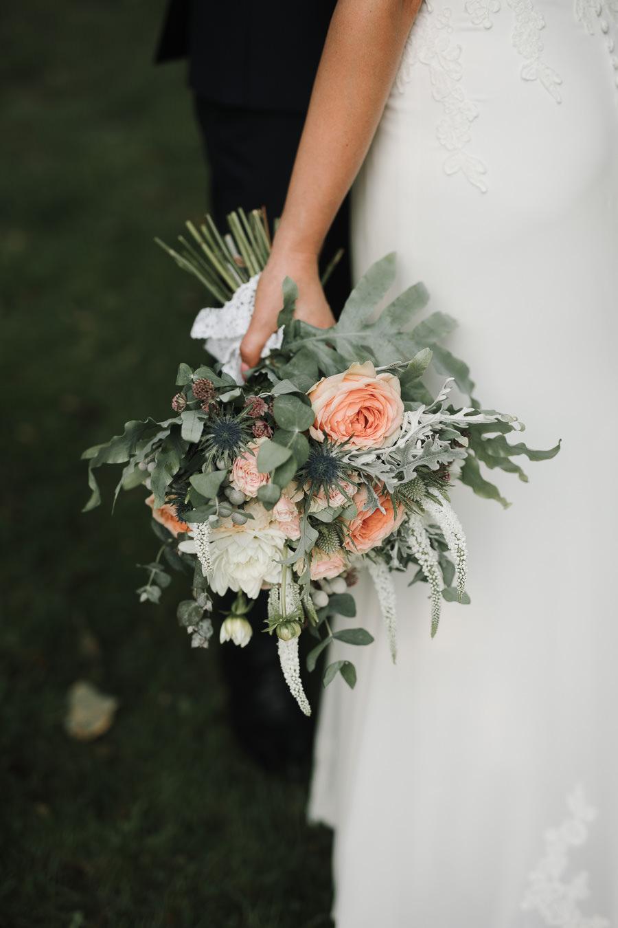 Sesja ślubna w stodole i szklarni 226