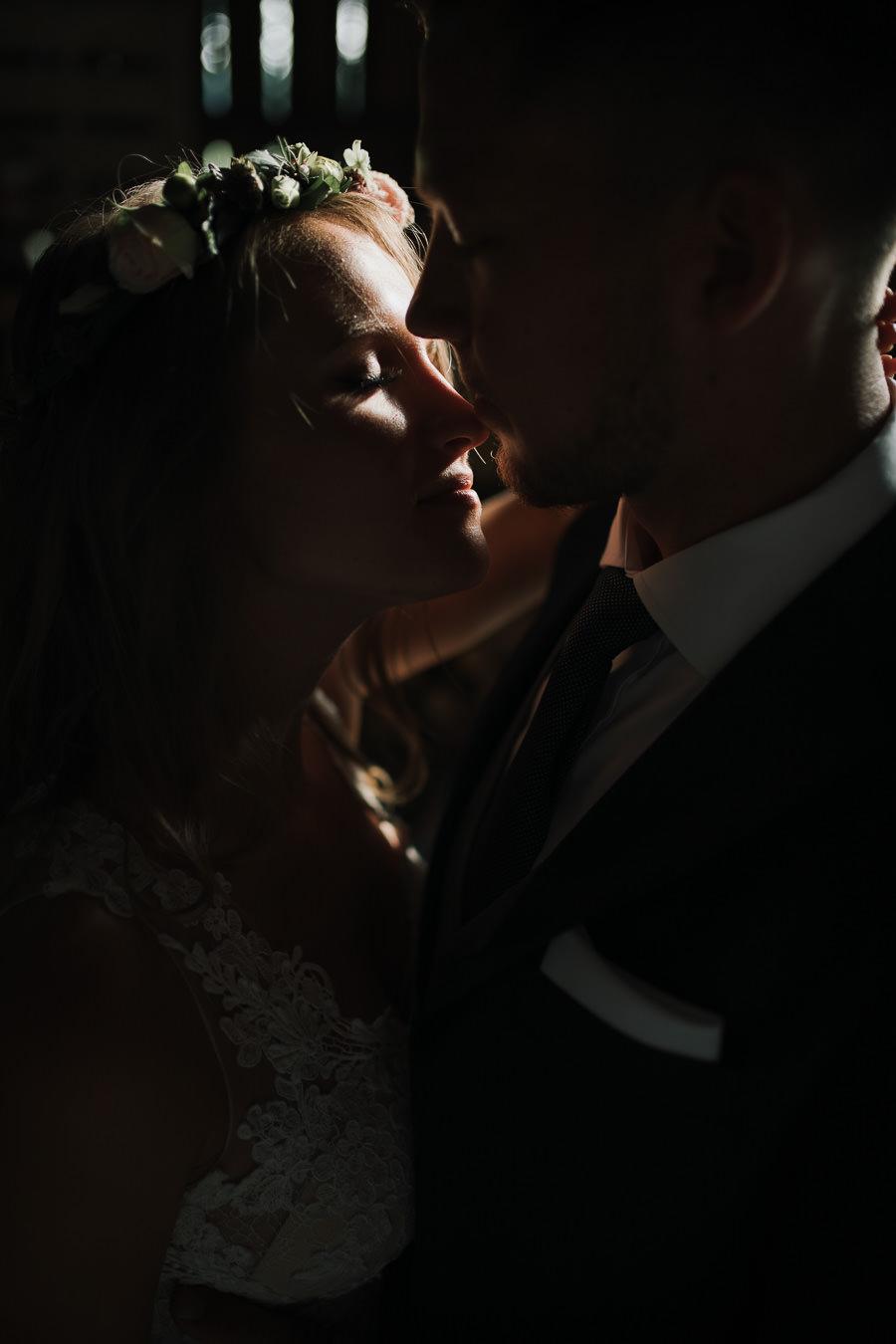 Sesja ślubna w stodole i szklarni 231