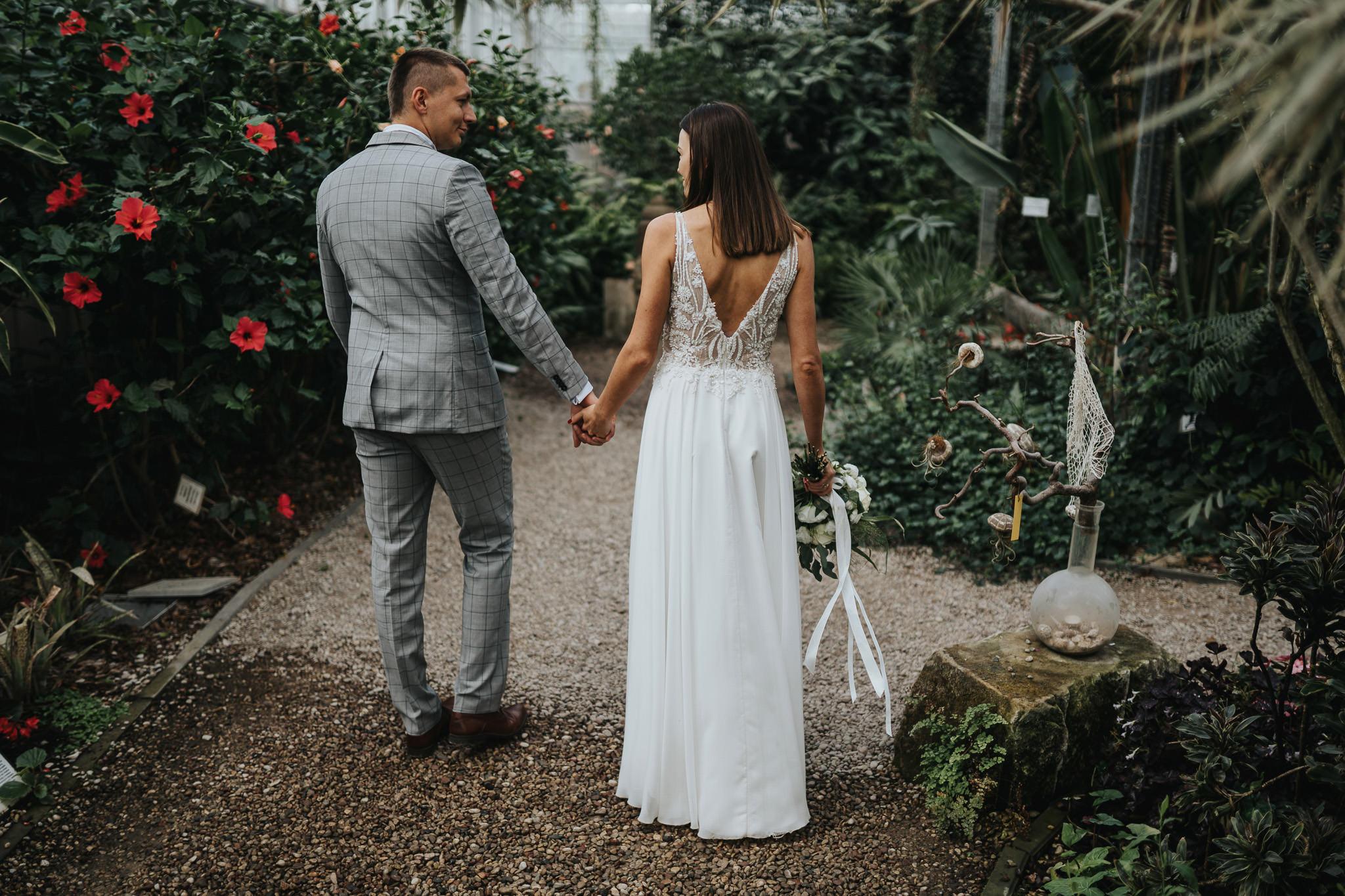 Sesja poślubna w oranżerii 23