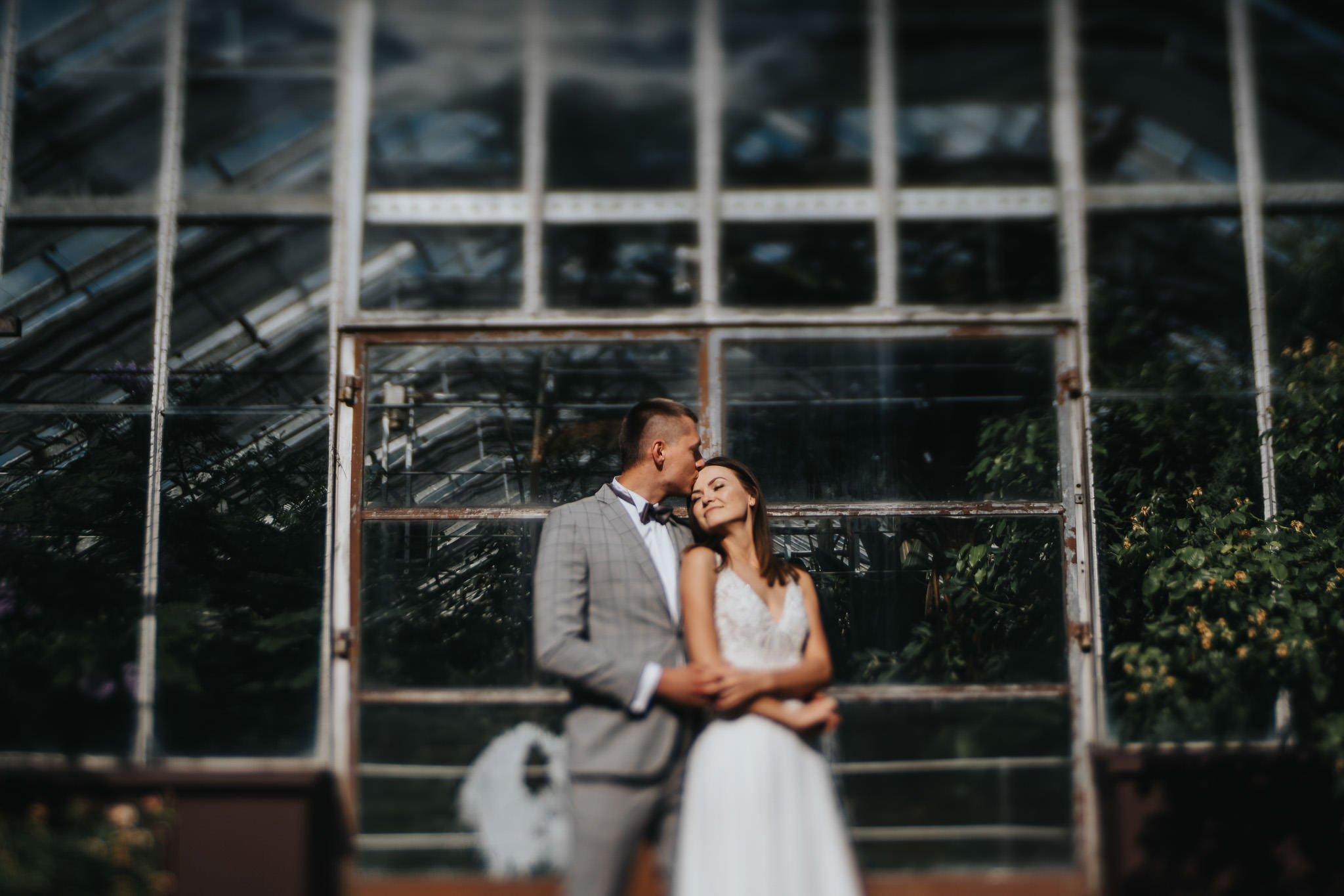 Sesja poślubna w oranżerii 26