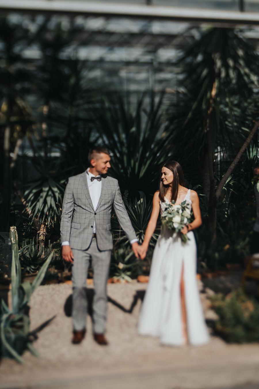 Sesja poślubna w oranżerii 27