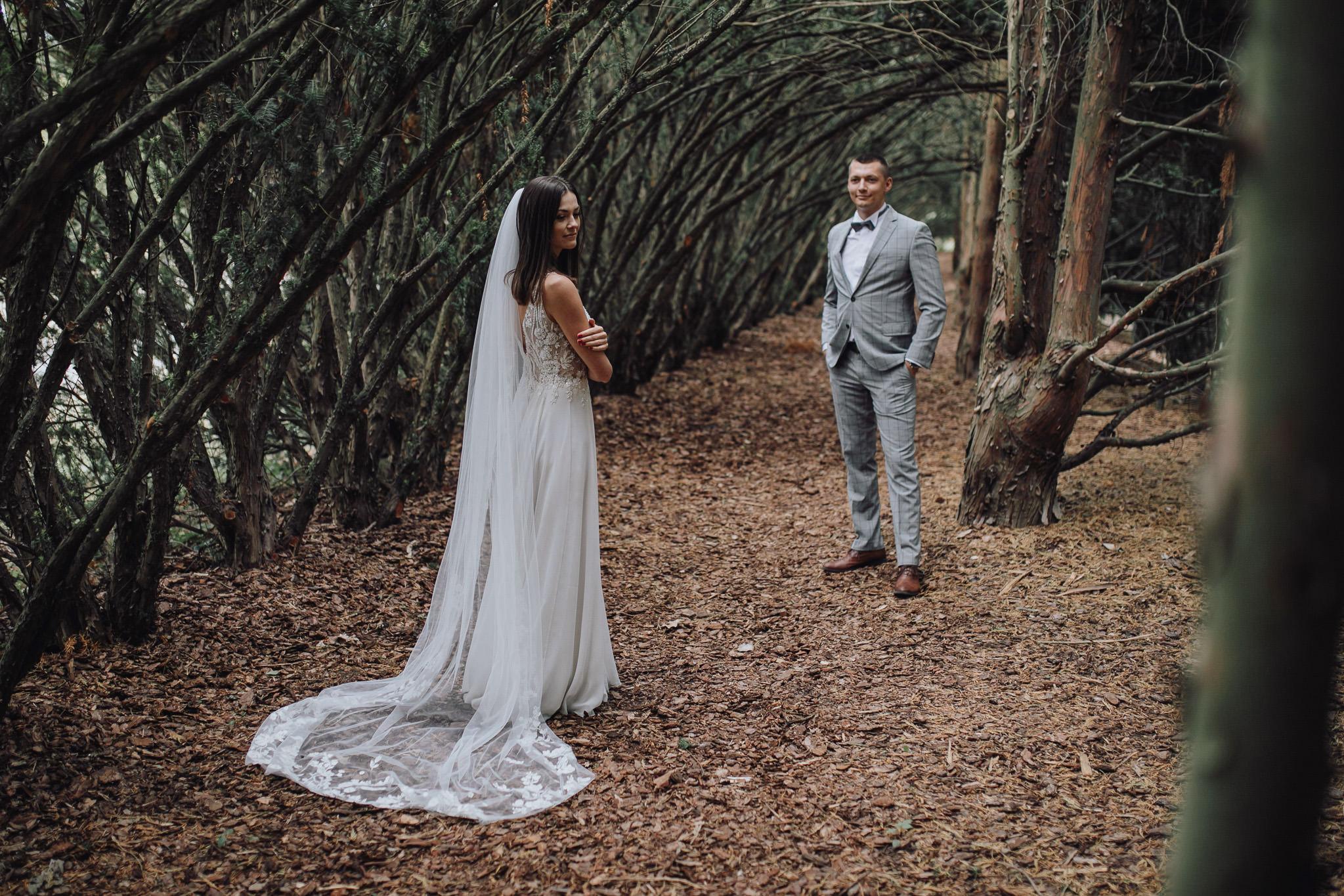 Sesja poślubna w oranżerii 30