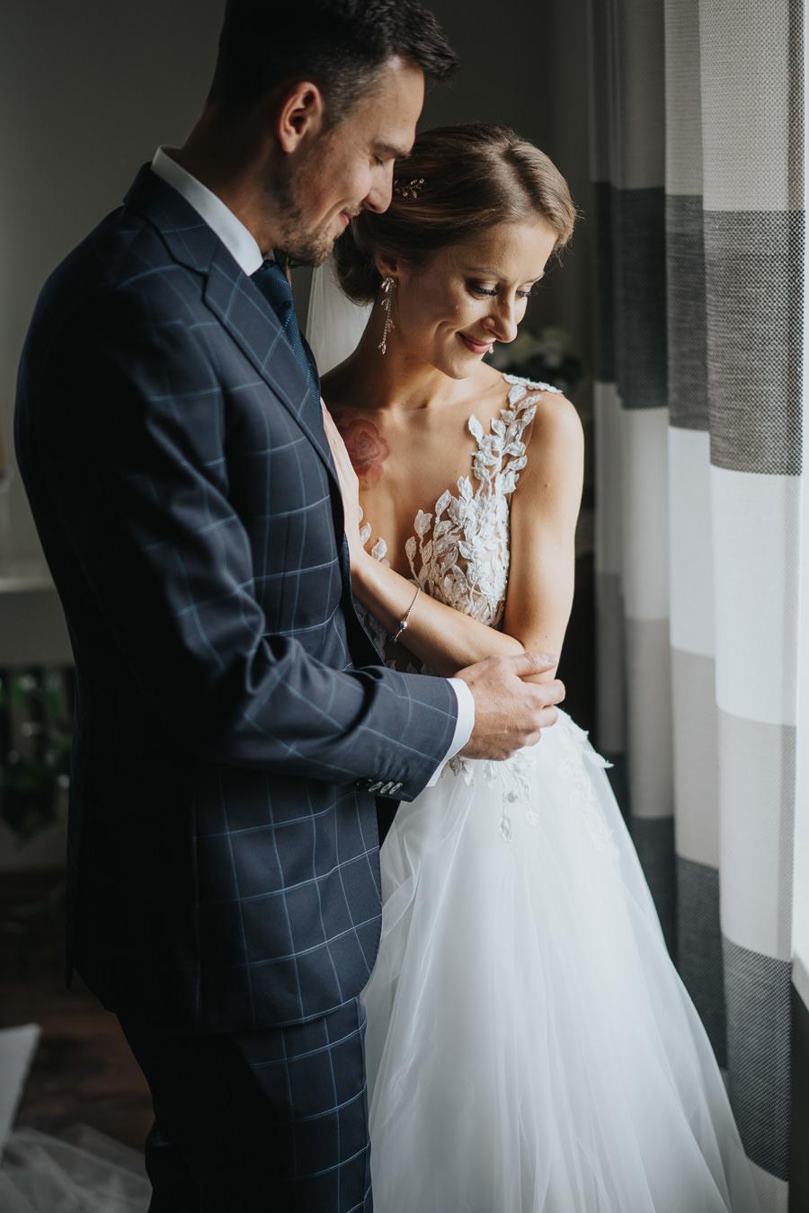 wesele-zalecze-male-fotograf-slubny-wielun-wilczkiewicz-900px-00033 34