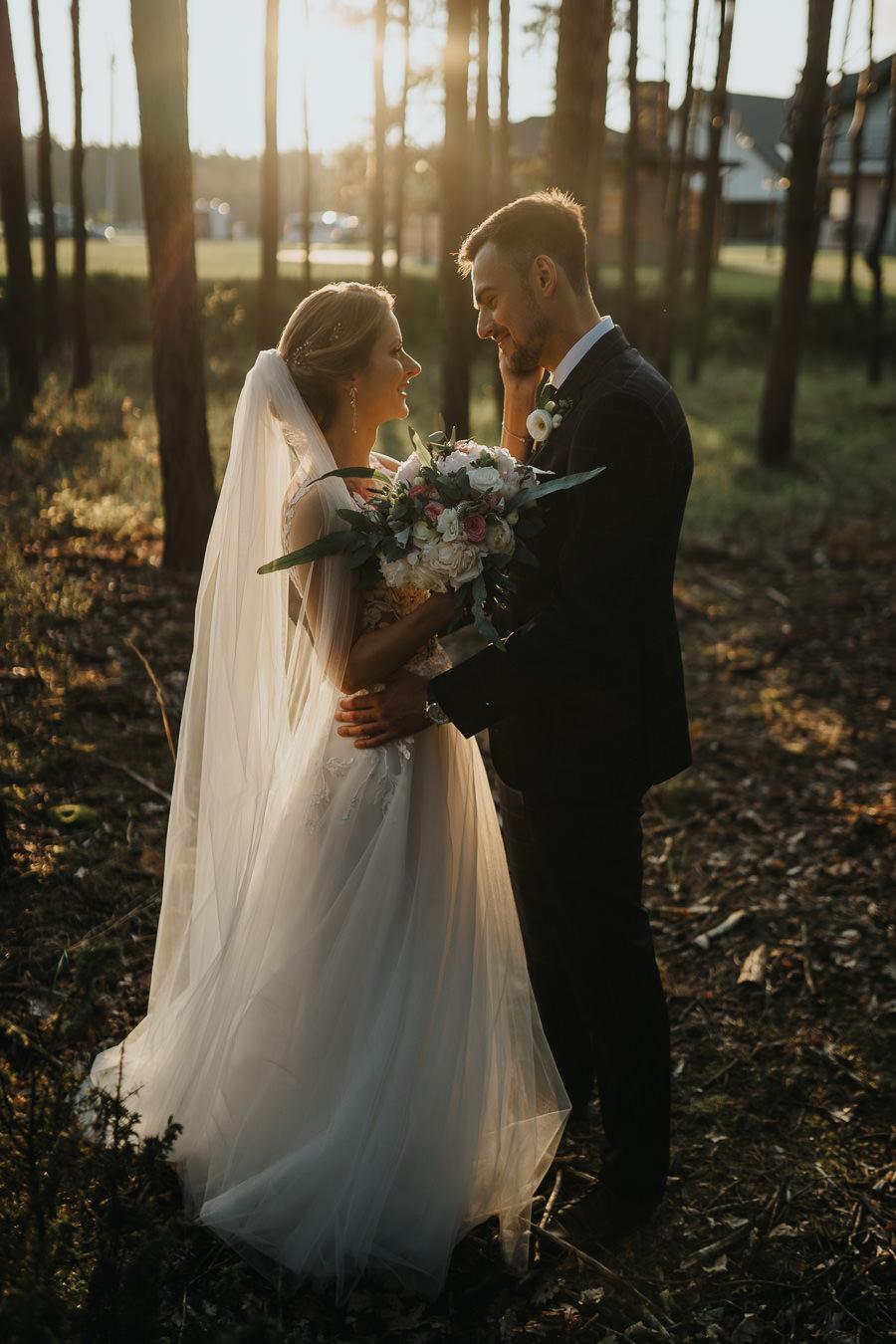 wesele-zalecze-male-fotograf-slubny-wielun-wilczkiewicz-900px-00116 117