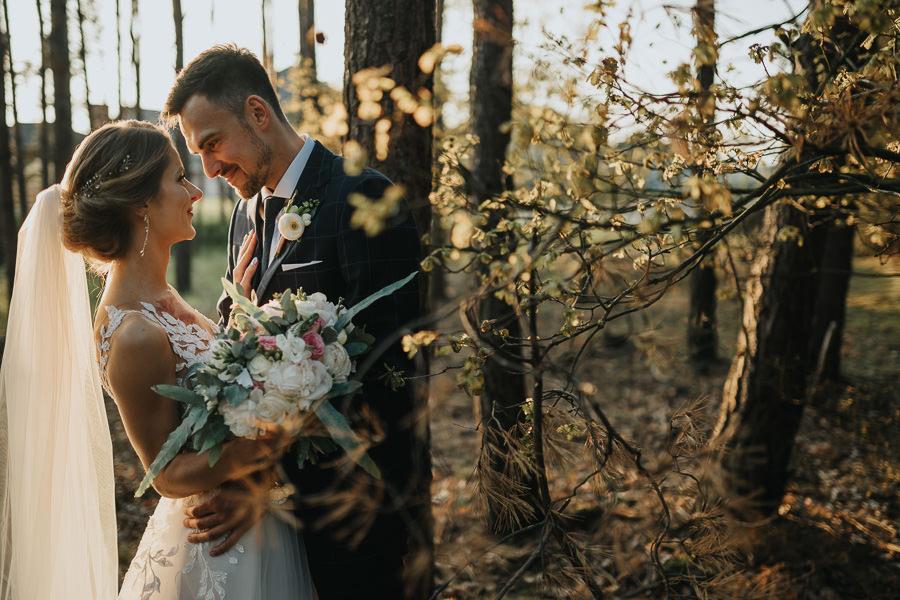 wesele-zalecze-male-fotograf-slubny-wielun-wilczkiewicz-900px-00124 125