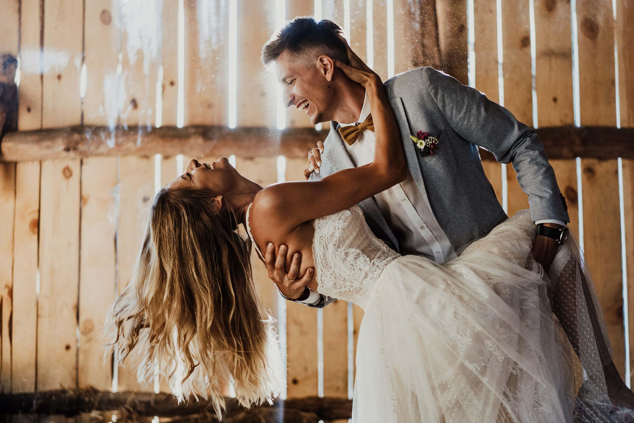 Sesja ślubna w stodole 6