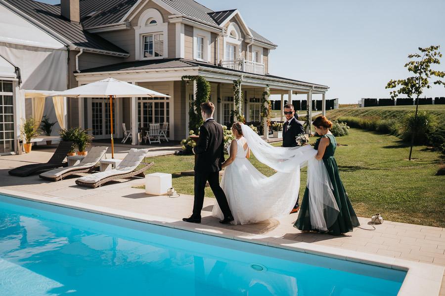 00047-wesele-mietowe-wzgorza-trebki-nowe-fotograf-900px 48