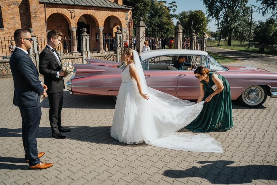 00053-wesele-mietowe-wzgorza-trebki-nowe-fotograf-900px 54