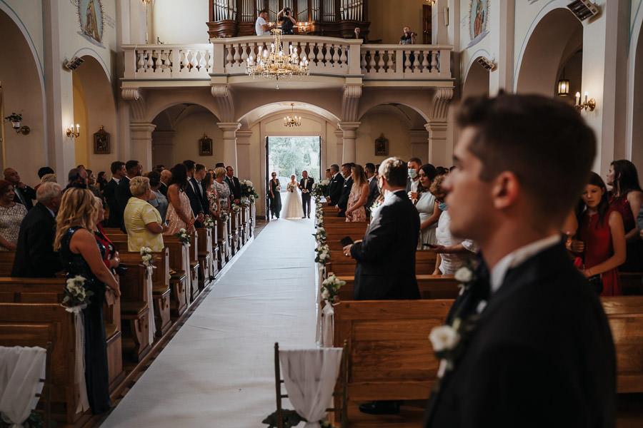 00056-wesele-mietowe-wzgorza-trebki-nowe-fotograf-900px 57