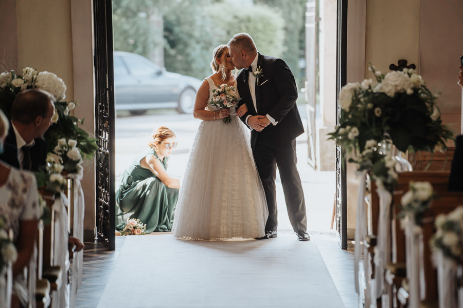 00057-wesele-mietowe-wzgorza-trebki-nowe-fotograf-900px 58