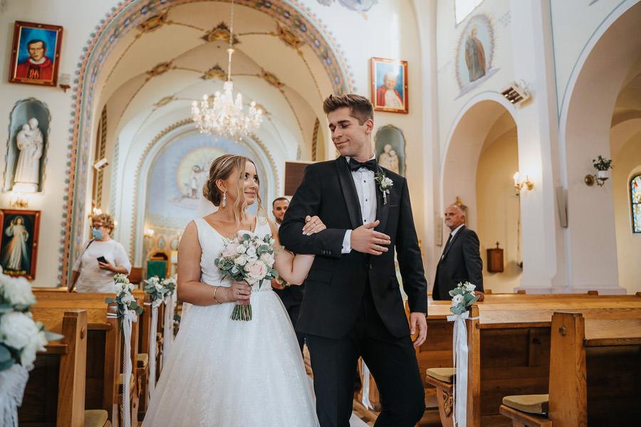 00073-wesele-mietowe-wzgorza-trebki-nowe-fotograf-900px 74