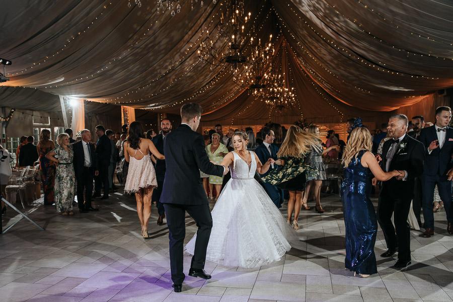 00138-wesele-mietowe-wzgorza-trebki-nowe-fotograf-900px 139