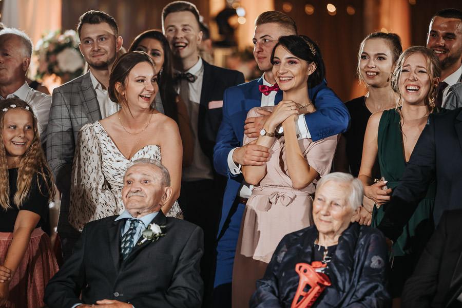 00151-wesele-mietowe-wzgorza-trebki-nowe-fotograf-900px 152